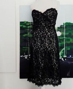 NWOT WHITE HOUSE BLACK MARKET STRAPLESS LACE DRESS